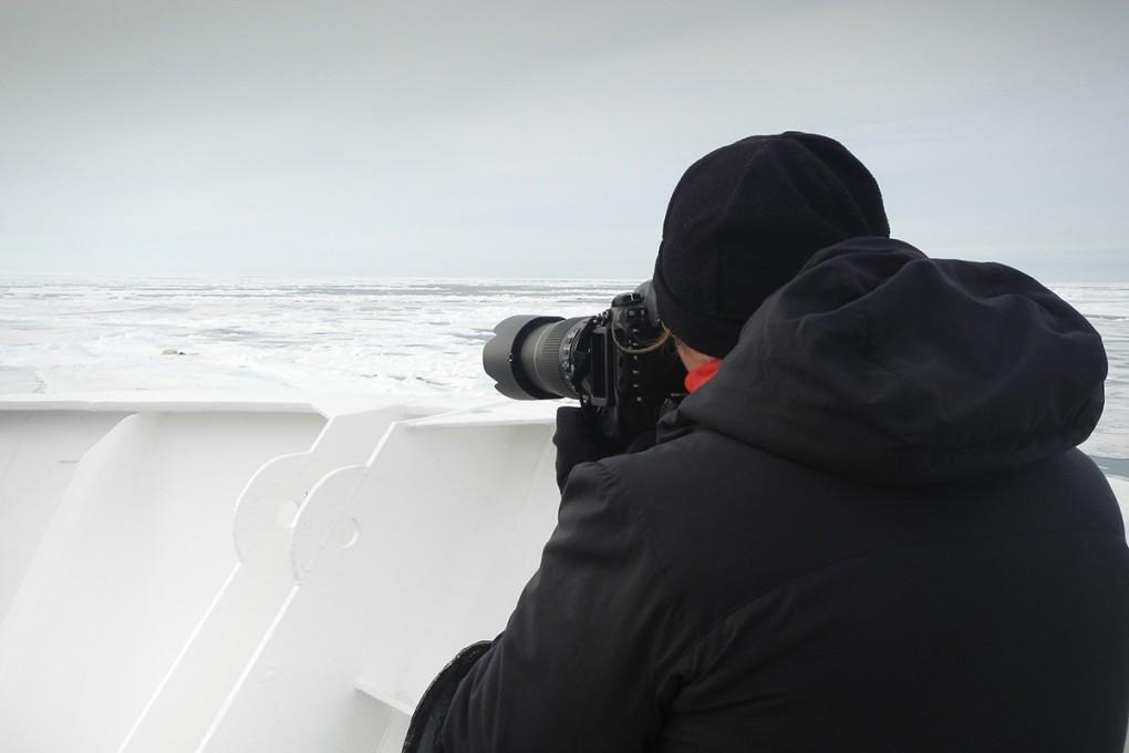 Photographer Daisy Gilardini at work in Svalbard - Norway