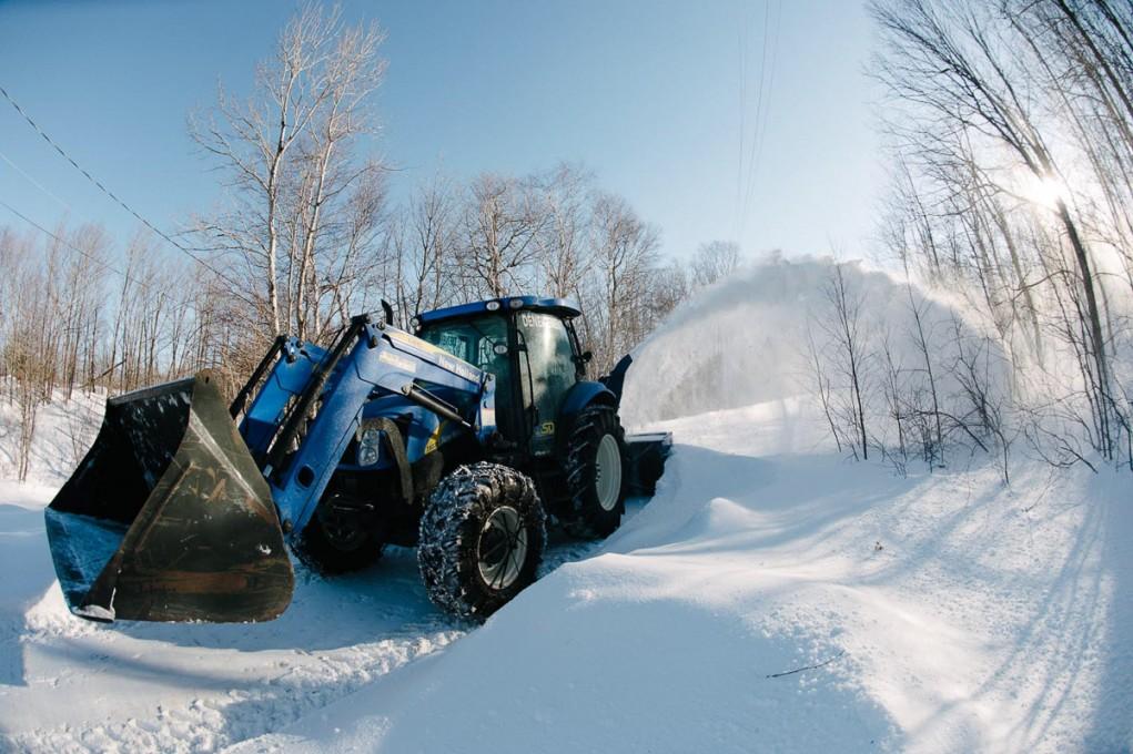 Snow Removal - CanadaJ an 2014