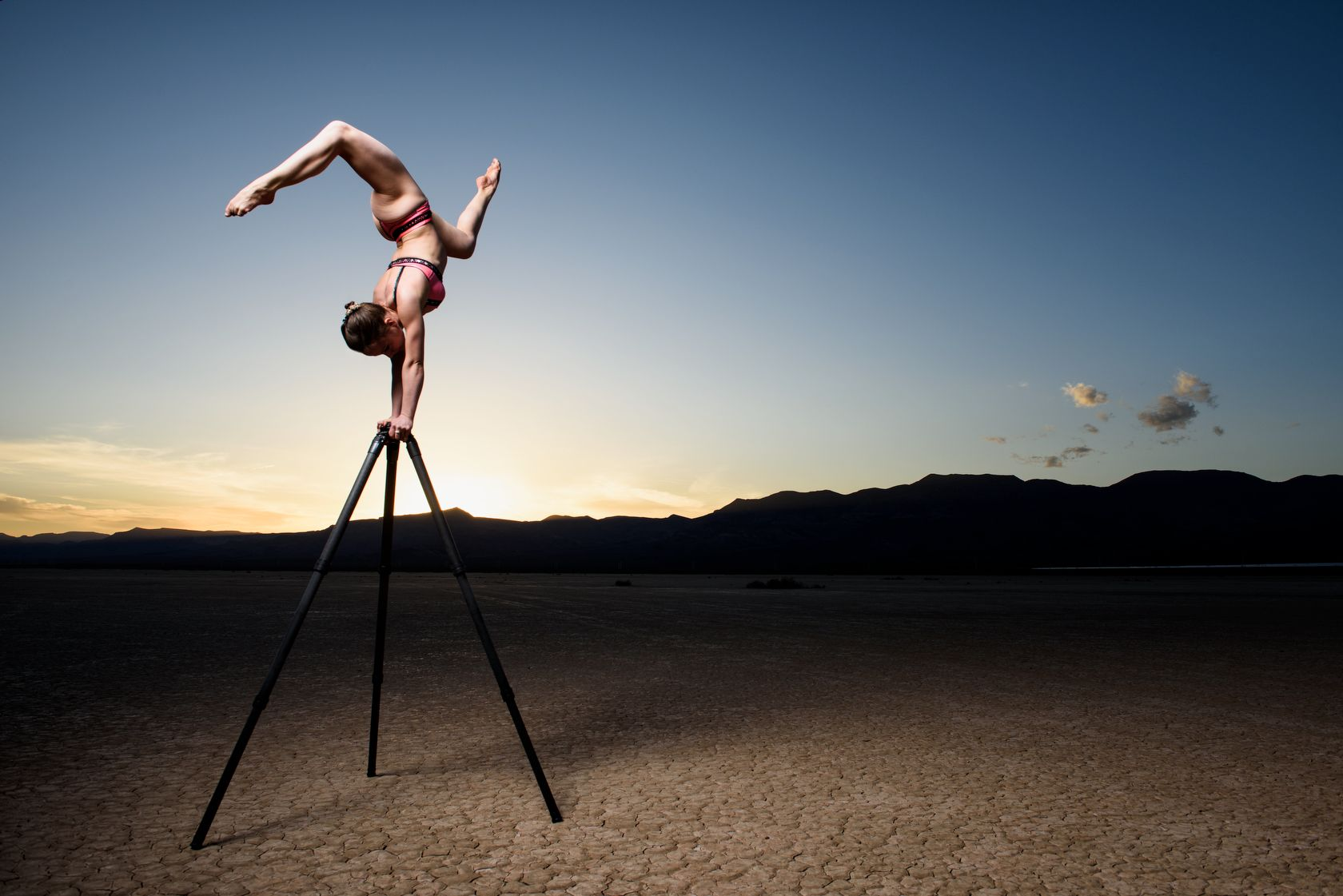 Gitzo - A Tripod in the Desert - Manfrotto School Of Xcellence