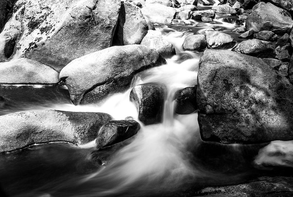 rocky-waterfall-nd500