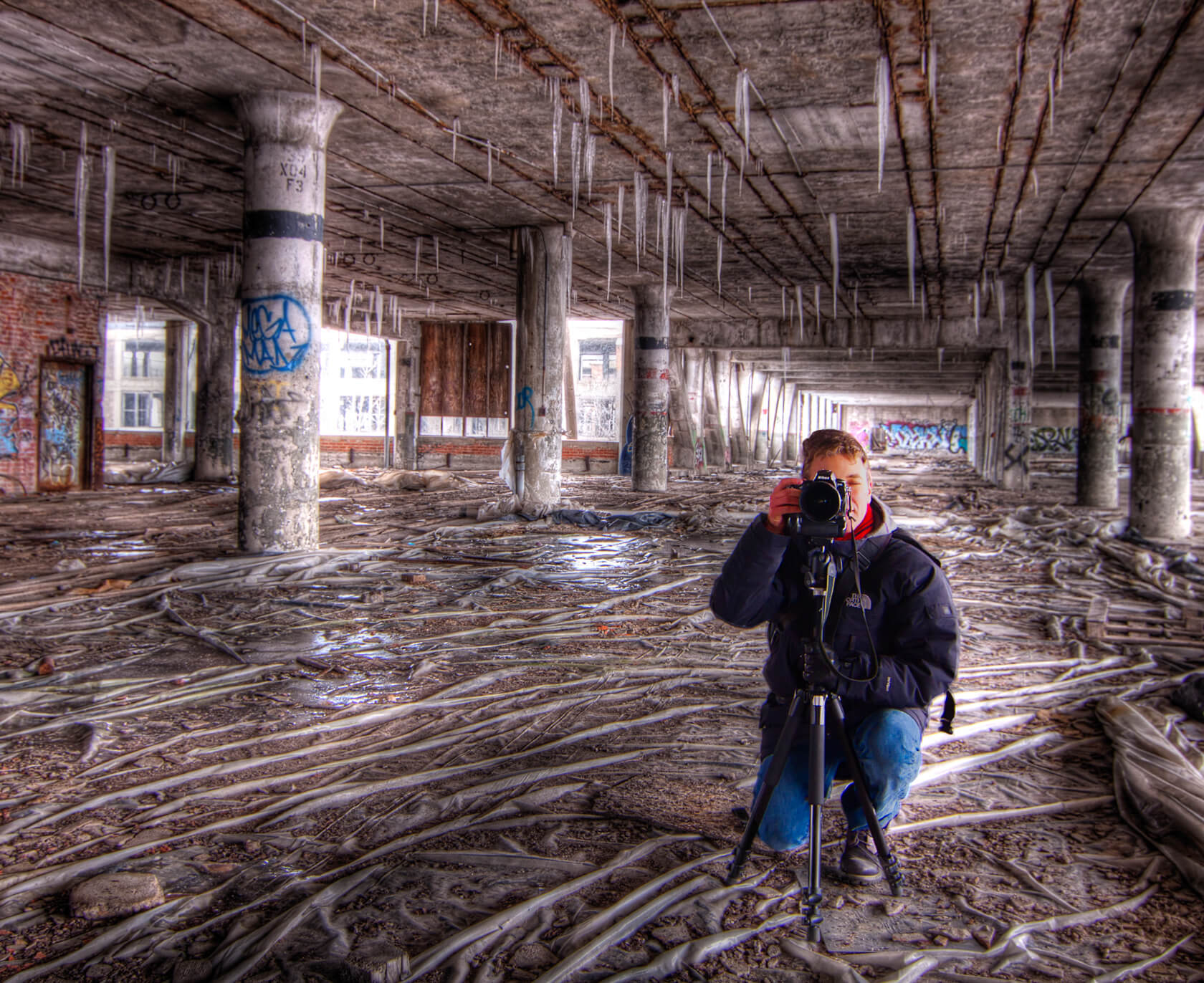 Tips to shoot Abandoned Spaces - Manfrotto School Of Xcellence